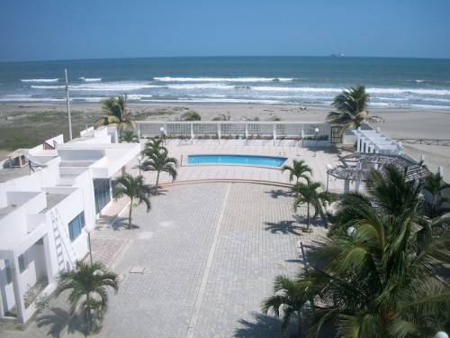 playas-ecuador-condo-for-sale