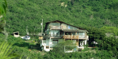puerto-lopez-ecuador-house-for-sale