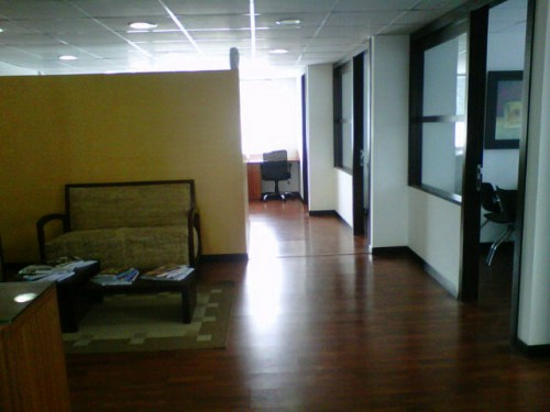 office-for-sale-near-hotel-quito