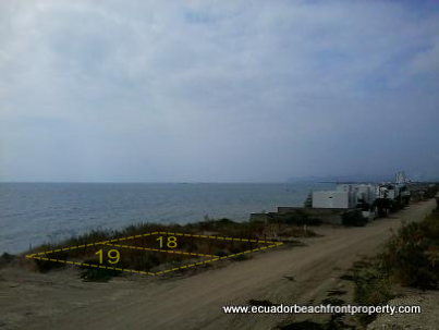 crucita-beachfront-land-for-sale